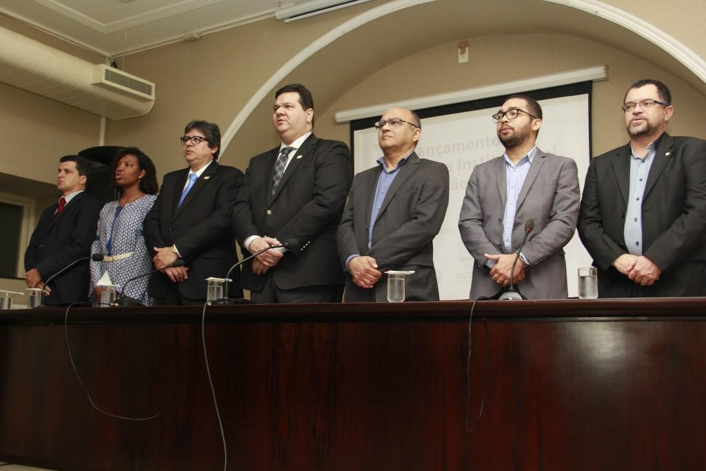 """Autoridades presentes na solenidade de Lançamento das ações do """"Mais Extensão"""""""