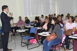 Abertura do curso de Licitação e Contratos Administrativos ocorreu nesta sexta-feira (23), na UEMA. Foto: Edson Ferreira.