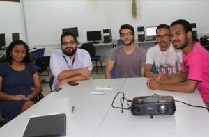 Docentes e alunos do curso de Engenharia da Computação da UEMA receberam representantes da Creative Pack.