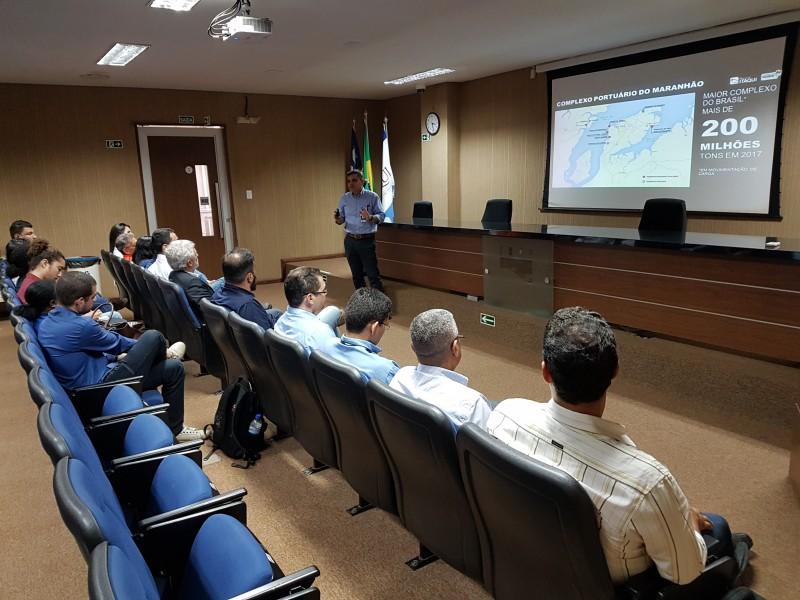 Eugênio Mendonça fala sobre Porto do Itaqui