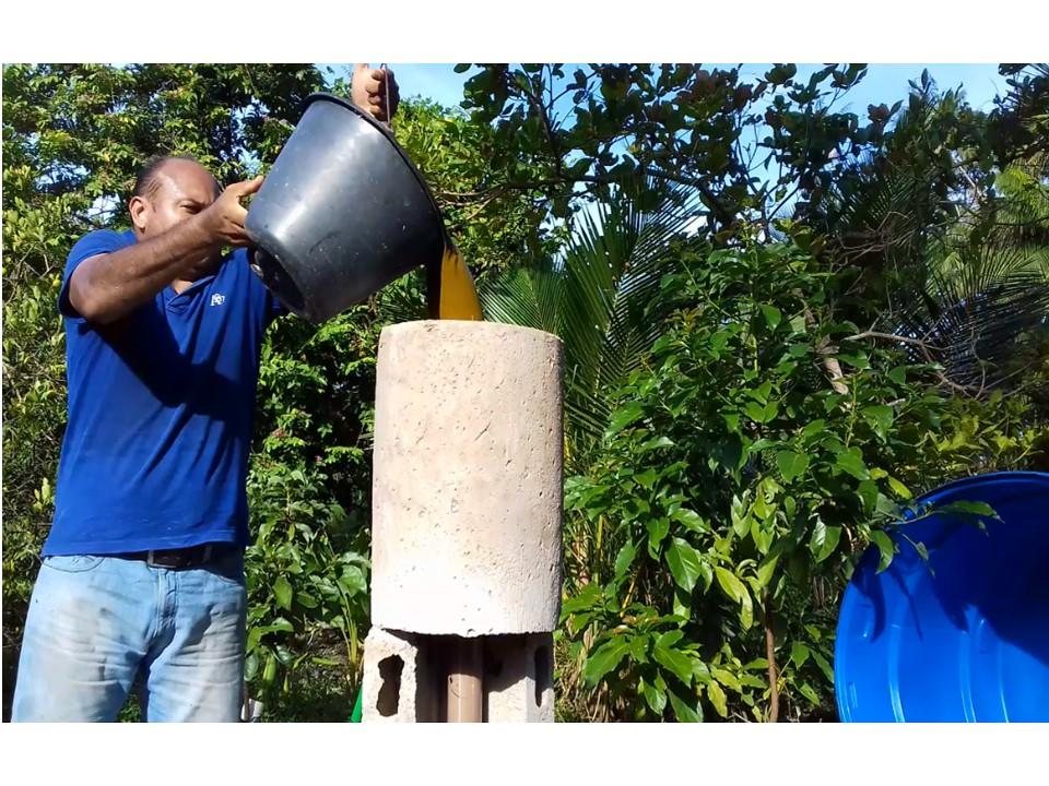 abestecimento do biodigestor com resíduos orgânicos